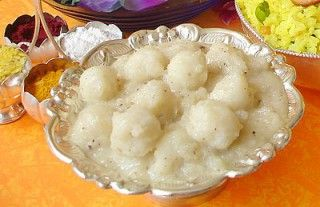 Paalu Undrallu - Milk Based Rice Flour (Sweet) Balls