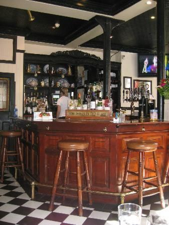 how to build an irish pub in your basement