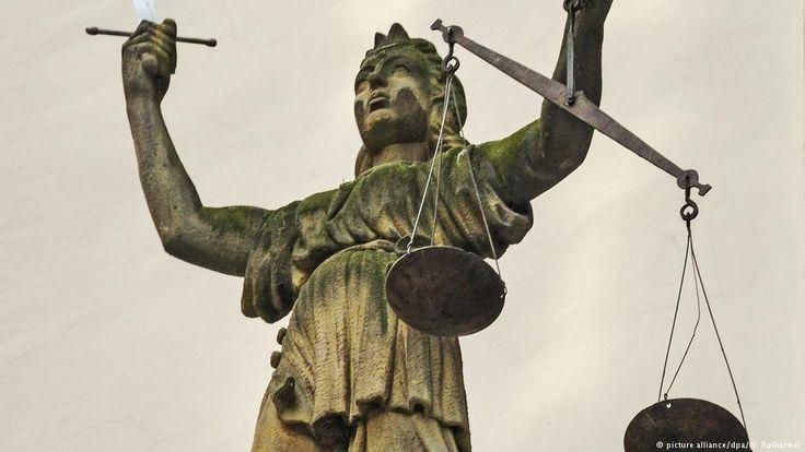 German Health Ministry lobbyist data theft trial begins | News | DW | 04.01.2018