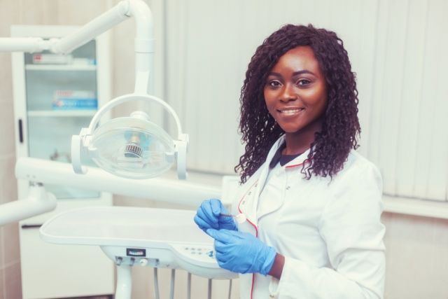 How Female Dentists In Leadership Roles Are Shaping The Industry Women In Leadership Dental Practice Female Dentist