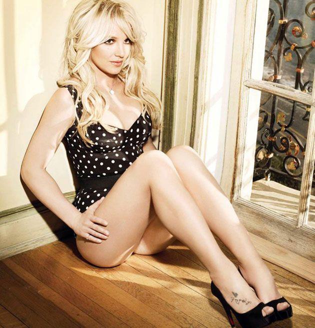 BritneySpears DolceGabbana01 Britney Spears Femme Fatale   Dolce & Gabbana