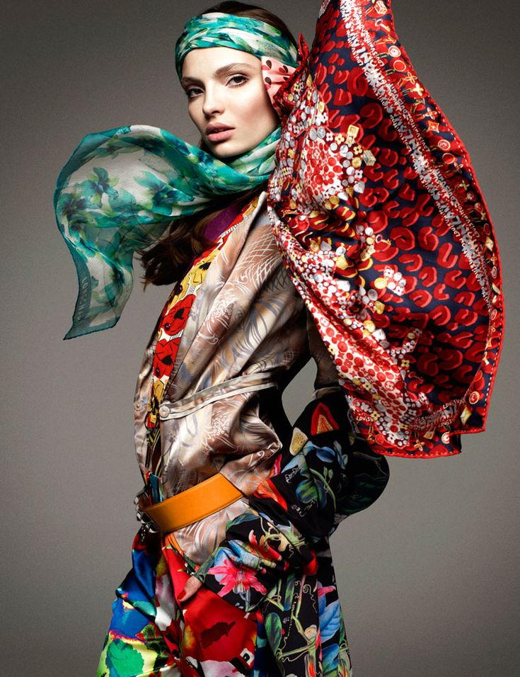 Super Fashion – Greg Kadel captures these colorfully dynamic studio images for the January cover shoot of Vogue Germany, starring Carola Remer. Styled by fashion editors Nicola Knels and Lynn Schmidt, Carola is a powerful vision in kaleidoscopic prints that pop. Windswept hair by Peter Gray and soft makeup by Itsuki bring the perfect finishing touch to the stunning ensembles.