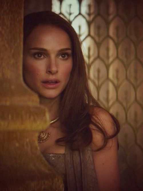 Hello, I'm Jane Foster. I'm an astronomer. I'm also an expert adviser when it comes to anything Asgardian, and I'm dating Thor. I'm also a master scientist.