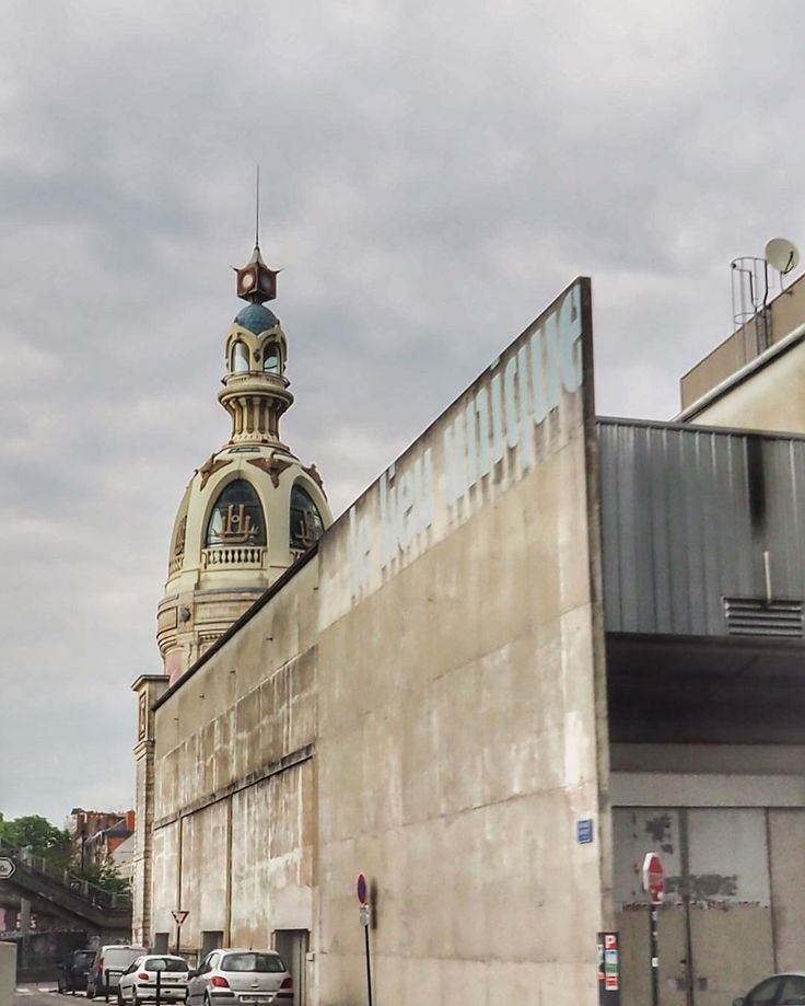 184 vind-ik-leuks, 3 reacties - Pascale 💫 (@halluci_nantes) op Instagram: 'Jouer les touristes dans sa ville en #citytournantes  1h15 en bus décapotable pour découvrir ou…'