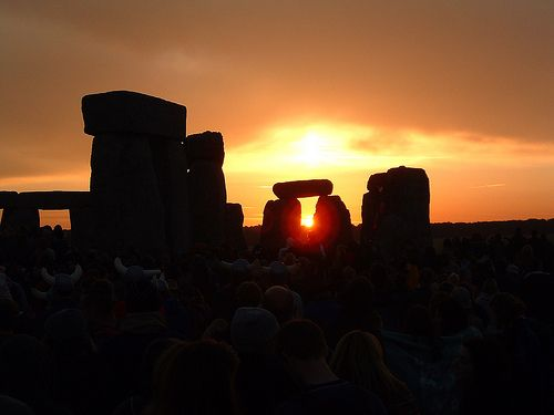 The longest day for some and the shortest for others. Happy Solstice! For anyone north of the Arctic Circle that means 24 hours of daylight and for anyone south of the Antarctic Circle that means 24 hours of darkness! More onSolstice by Somewhere in the world today… Picture: Summer Solstice Sunrise Stonehenge by aston5man, on Flickr