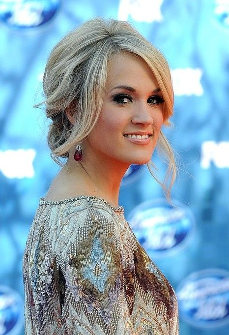 Carrie Underwood Loose Messy Updo Hairstyles