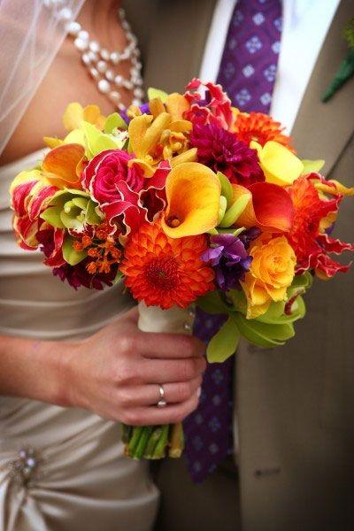 : Flowers Bouquets, Bridal Bouquets, Wedding Bouquets, Vibrant Colors, Wedding Flowers, Bold Colors, Bright Flowers, Fall Wedding, Bright Colors