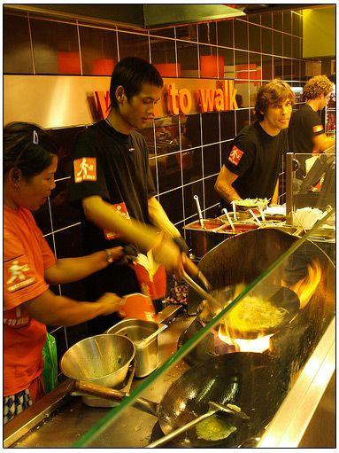http://www.letshavefuninamsterdam.com/amsterdam-restaurant/images/wok-to-walk-inside.jpg