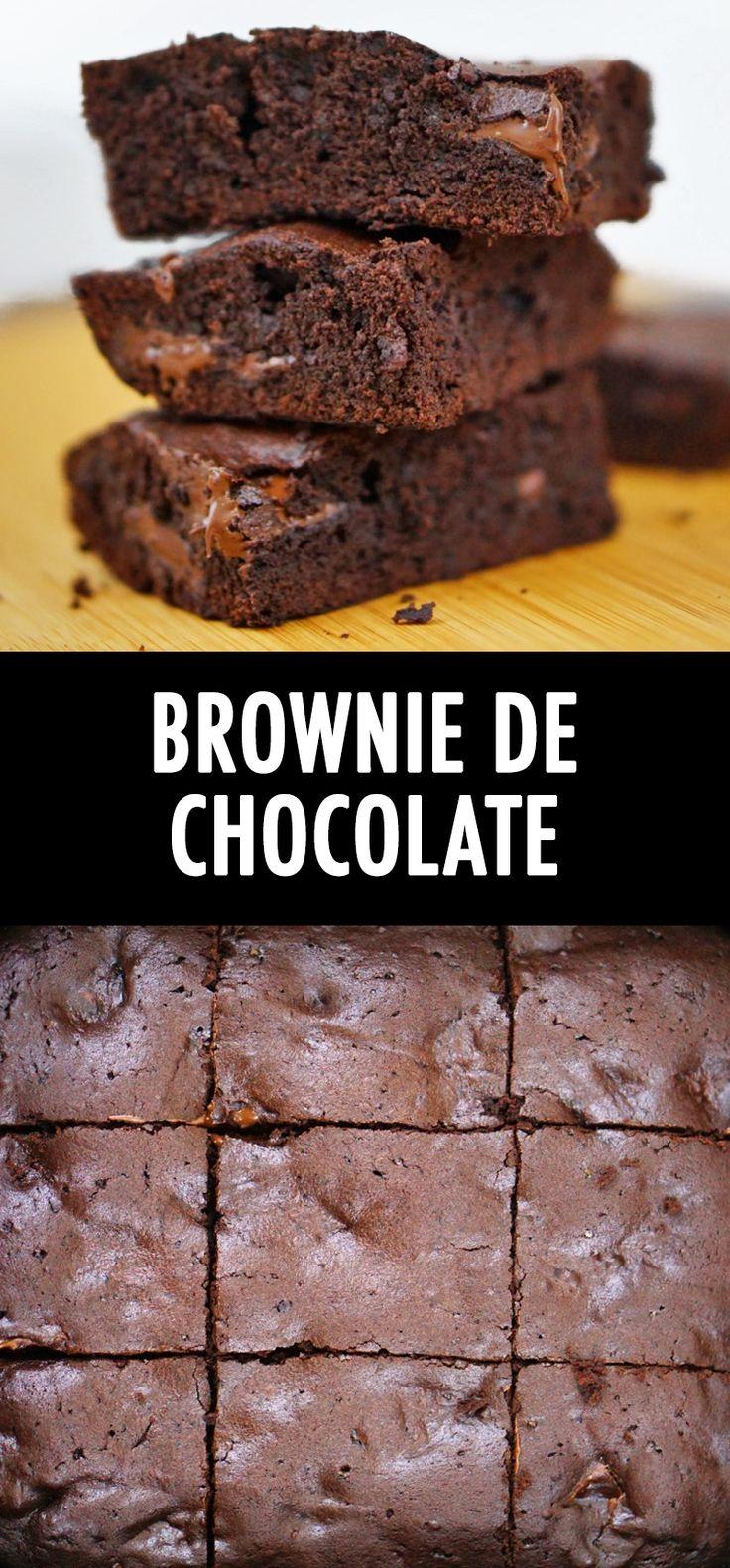 Aprenda a fazer esse brownie super fácil e bem chocolatudo.