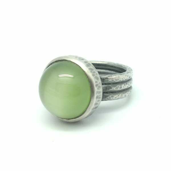Ring Sterling Silver / Anillo Plata de Ley y un bonito ojo de gato color verde