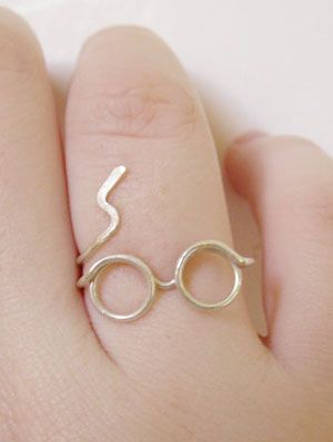 20 Harry Potter Gifts: Merchandise, Jewelry, Shirts, Mugs | Gurl.com