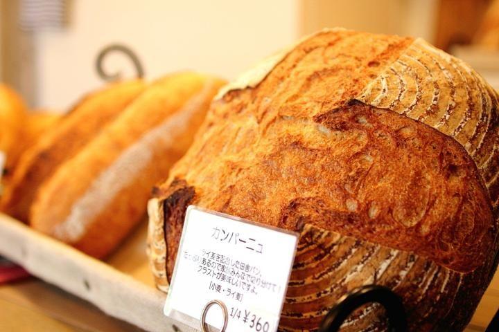 常連客が足繁く通う、鎌倉で評判のパン屋さん「ラフォレ・エ・ラターブル」 | ことりっぷ