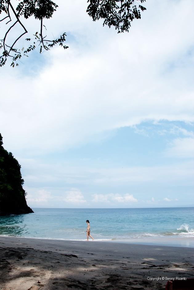 Virgin Beach – The Far Far Away beach revealed! Candi Dasa, Karangasem, East of Bali - Indonesia!