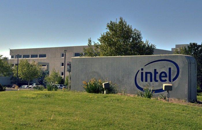 Intel, Giyilebilir Teknoloji Pazarından Çıkmıyor! - http://inovasyonkocu.com/teknoloji/nesnelerininterneti/intel-giyilebilir-teknoloji-pazarindan-cikmiyor.html
