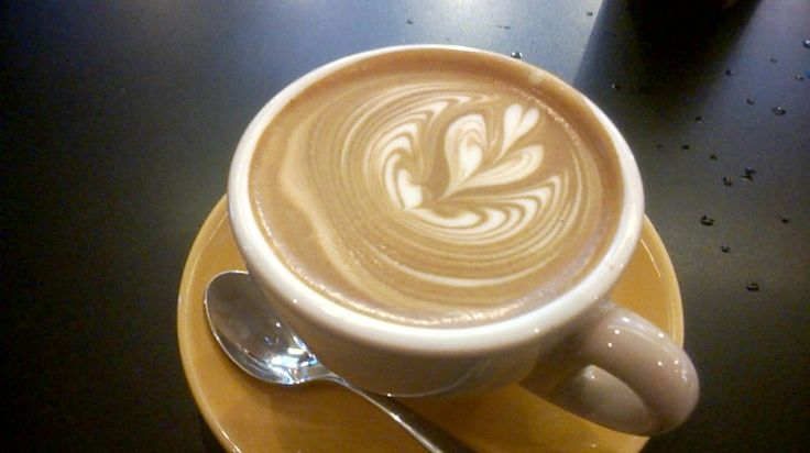 #Cappuccino from #Feeka is really heavy in espresso taste, less on milky taste. Not my top pick... #GreatCoffee #Cafe