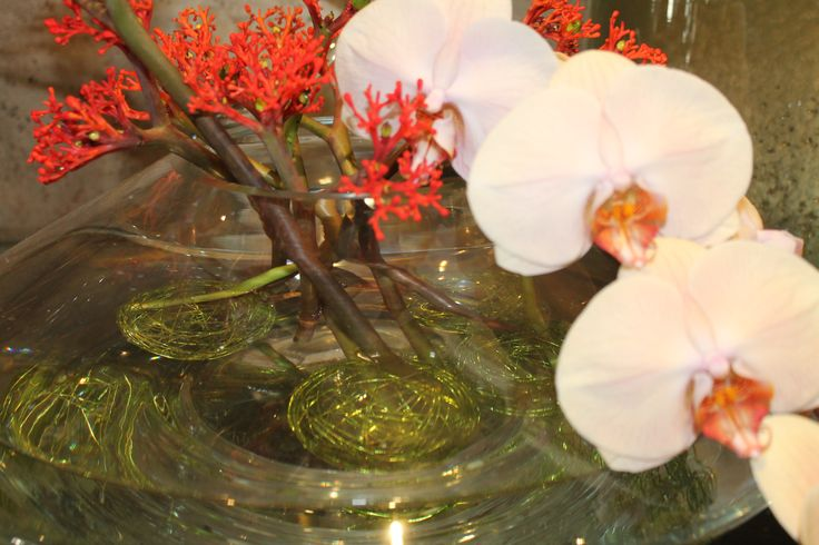 #Pretty #FloatingFlowers at Flemings Mayfair reception