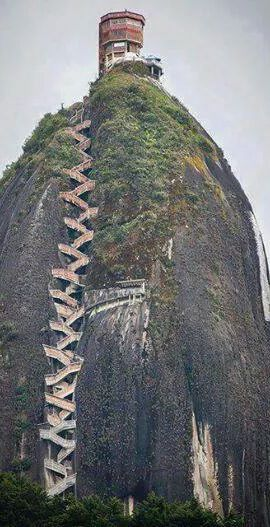 #Guatape_Rock in #Colombia http://en.directrooms.com/hotels/country/8-93/