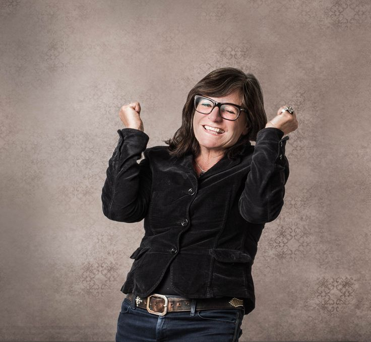 senior photography, smile and joy, energy, powerful woman