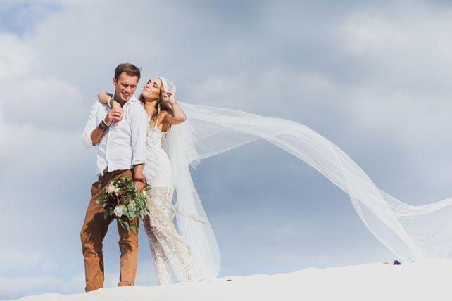 Фотопроект Art-wedding Hippy, невеста с женихом на пляже - The-wedding.ru