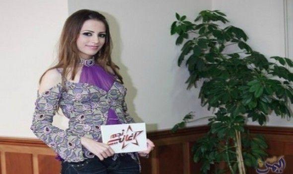 رسل العزاوي ت علن افتخارها بكونها امرأة عراقية لأنها Women Fashion Women S Blazer