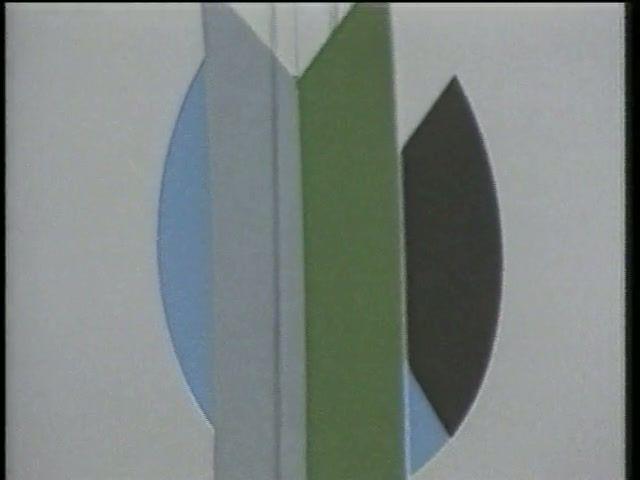 L`unità si apre con una scheda dedicata a Bruno Munari (1907-1998), ricca di immagini del passato più o meno recente. Pittore, designer, operatore visuale, Munari porta nel disegno dell`oggetto l`idea  ...