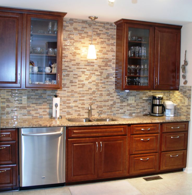 Kitchen Tile Backsplash Ideas With Maple Cabinets: Ceiling Height, Maple Raised Panel Cabinets, Glass Front
