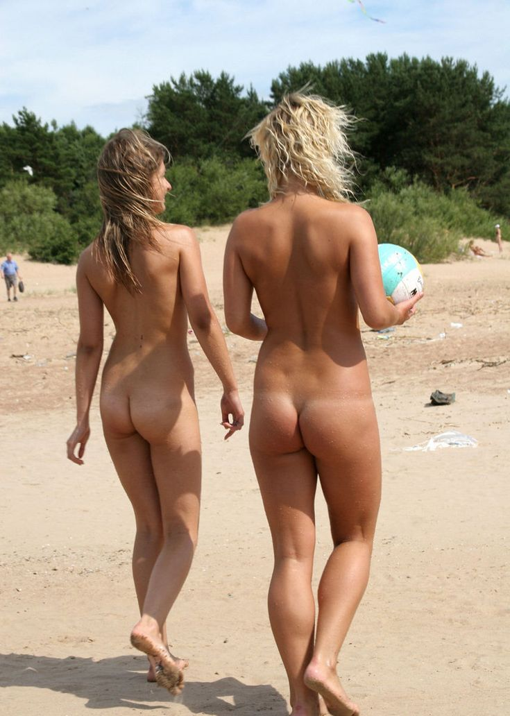 Hot Teen At Nude Beach