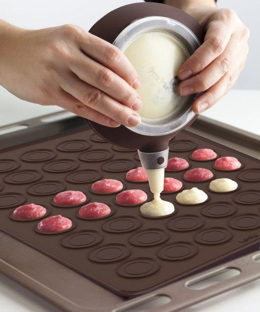 Macaron baking kit by Lekue. Would love to learn how to bake macarons! My favorite!