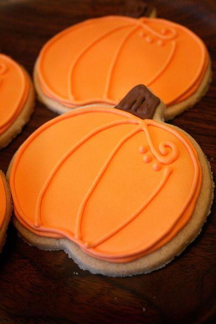Pumpkin Sugar Cookies (add a green curly Q and leaf)