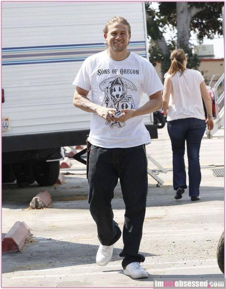 Sons of Oregon!!   Charlie Hunnam   Jax Teller   Love it!   Want the shirt!   #SOA #Jax #Oregon #Sons   @auttumnwhite  