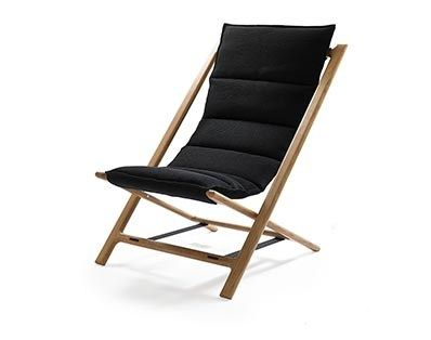 Arenzano chair is a modern and simple folding chair designed for casual and relaxed seating. It's light, easy to fold and comfortable with padded seat. Ideal for versatile indoor and limited outdoor use.