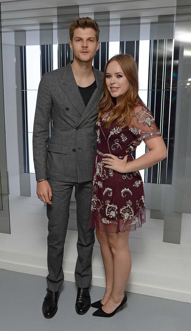 Jim Chapman et Tanya Burr à l'exhibition Louis Vuitton