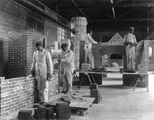 Hampton Institute - bricklaying by African-Americans - Paris Exposition Universelle (1900) -