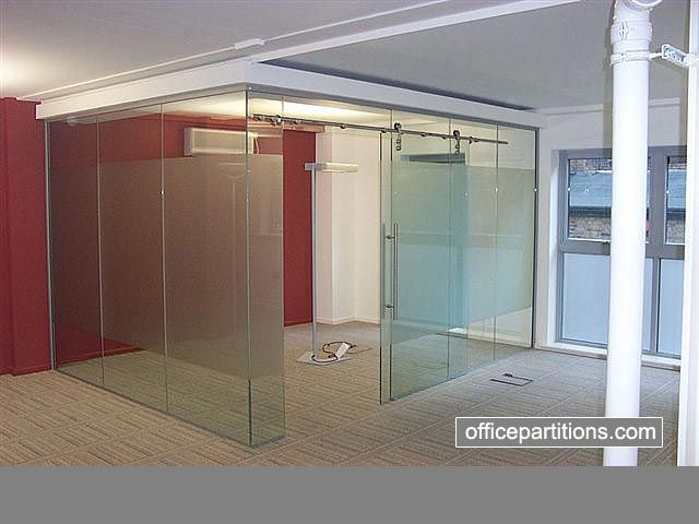 14 best images about folie on pinterest contemporary for Modern office partition design