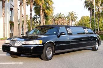 Wantlimo.com offers cheap limo services for all occasions. Make your every event special with our limo services.  We offer limo services for concerts & sports, brewery tours Orange County, temecula wine tours orange country, party bus from prom, wedding services and many more.