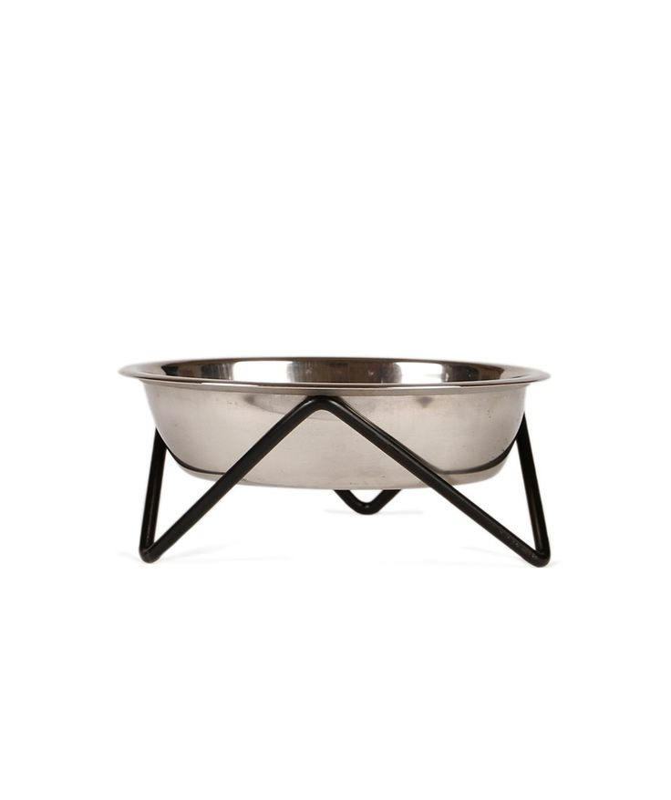 Your furry friends deserve nothing but the best - spoil them with a Bendo Woof Dog Bowl from the Luxe range. | huntingforgeorge.com