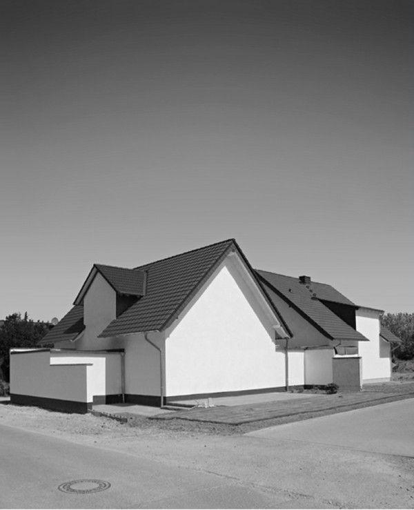 Carsten Güth's Beautifully Terrifying Photos Of Bunker Homes