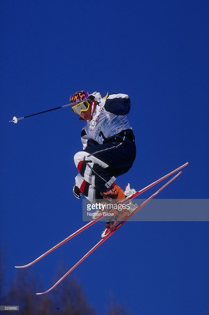 feb-1998-jonny-moseley-of-the-usa-wins-the-gold-in-the-mens-mogels-at-picture-id329660 (680×1024)