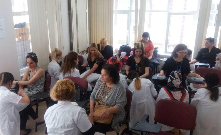 İstanbul Kadın Kuaförleri Esnaf Odası manikür-pedikür ustalık sınavı #istesob #esnaf #sanatkar #istanbul #kadın #kuaförler #odası #manikür #pedikür #güzellik #bakım #sanat #meslek #eğitim #sinav http://turkrazzi.com/ipost/1514625116074461418/?code=BUFB4SrgMjq