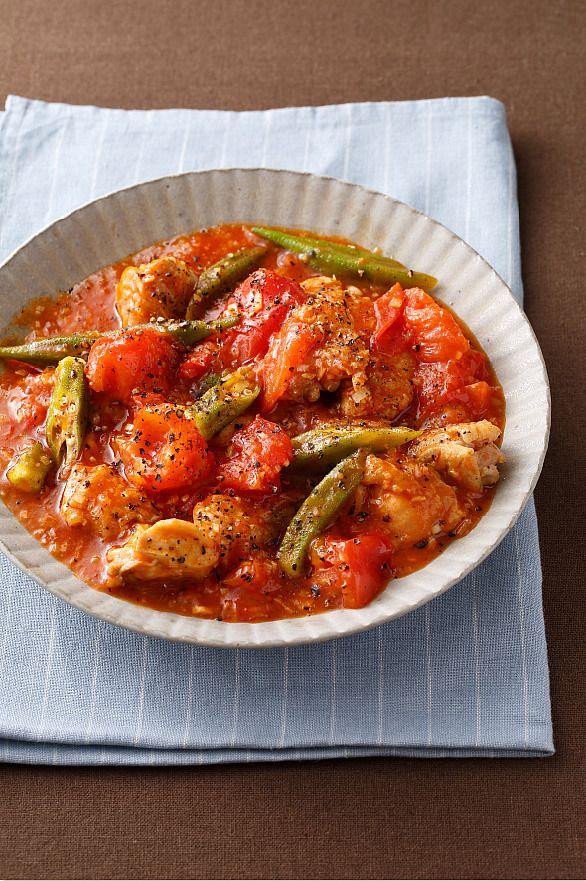 人気のえびチリを鶏肉でアレンジ。フレッシュなトマトの酸味がさわやかです。