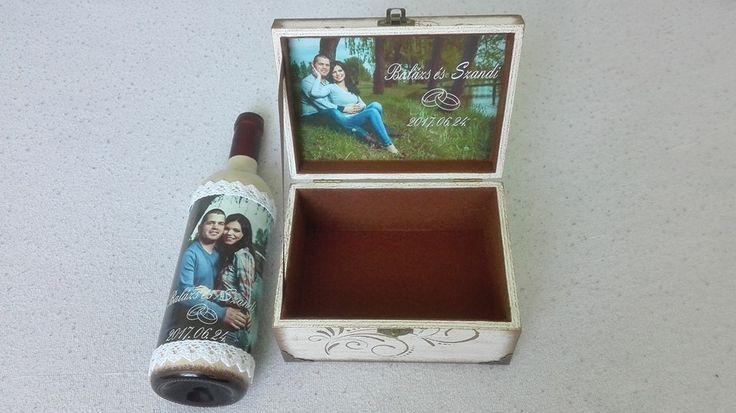 Egyedi boros üveg, és kis ajándék dobozka.