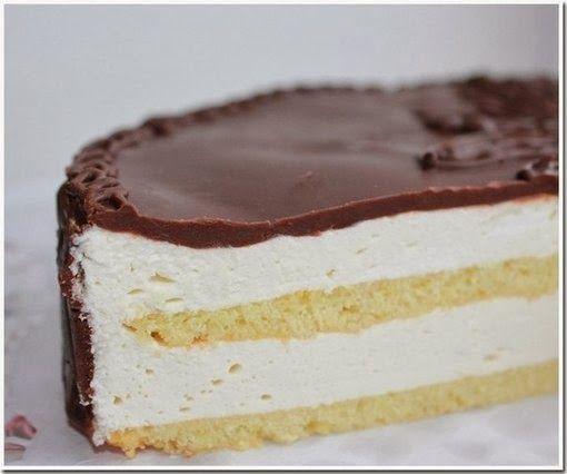 Этот торт, как воспоминание из детства - любимый и такой родной! Вам потребуется: Сдобно-сбивной полуфабрикат: Масло сливочное - 100 г. С...
