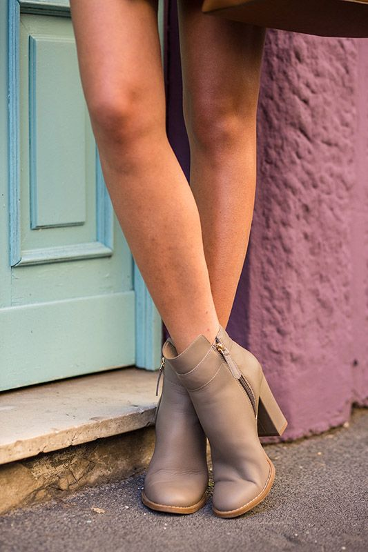 SS16 streetstyle details cream color ankle boot sexy legs