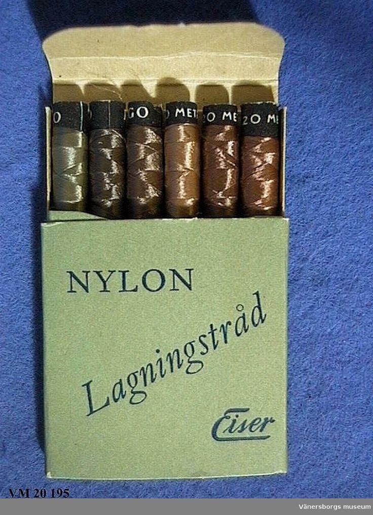 Lagningstråd för nylonstrumpor från Eiser. 5 små rullar med nylontråd i olika bruna färger, i en grön förpackning.