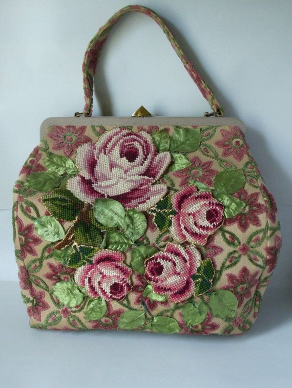 An absolutely stunning 1950s Jolles Original Oversized Carpet Bag with Applique. I am completely in <3 with this gorgeous purse. #vintage #1950s #purse #handbag #tapestry #floral #pink #green #fashion