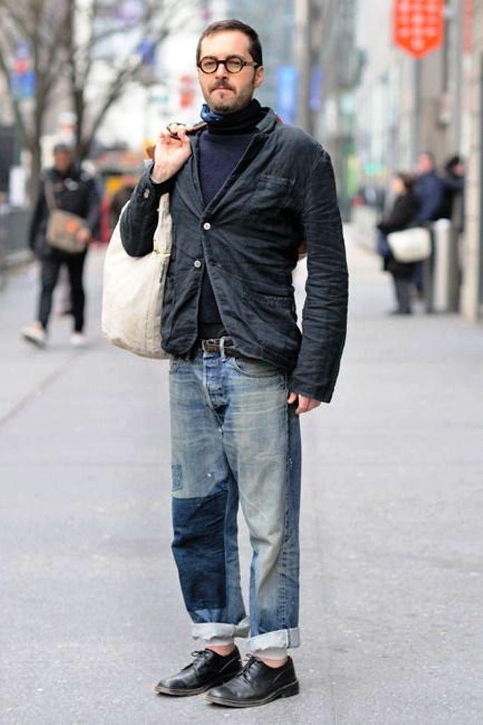 джинсовый мужской стрит стайл фото того, тату