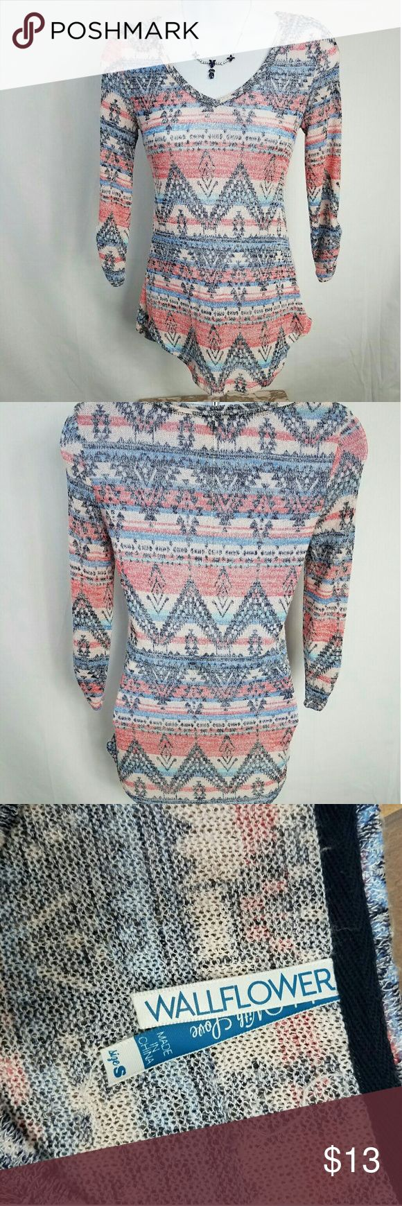 Wallflower Aztec Knit Long Sleeve Scoop Neck Top S Great Boho Style! Good Used condition Wallflower Tops Tees - Long Sleeve