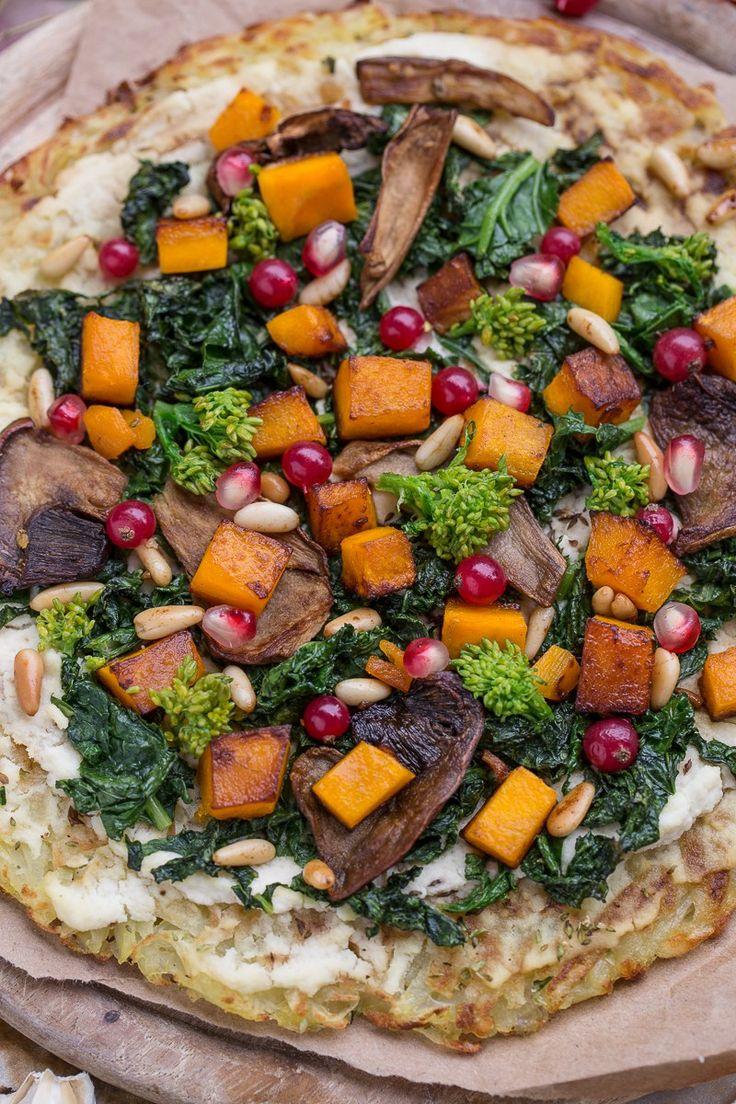 Delicious #vegan #glutenfree ROSTI POTATOES #PIZZA with kale, pumpkin, mushrooms and pomegranate | Ricetta Rosti pizza di patate senza glutine vegan con kale, zucca, funghi e melagrana