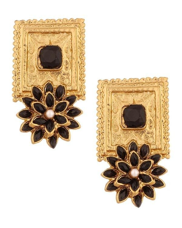 Shop Jhumar by Sra online. Largest collection of Latest Earrings online. ✻ 100% Genuine Products ✻ Easy Returns ✻ Timely Delivery