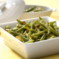 Green Beans with Almonds and Parsley